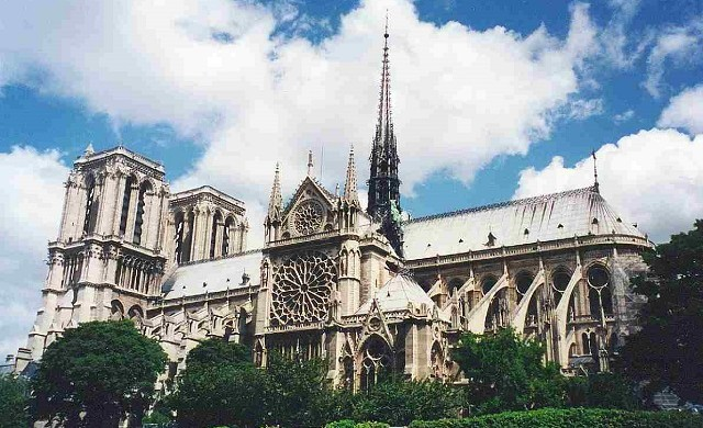 """The mighty Notre Dame Cathedral is neither the tallest, oldest nor biggest in the world, but it can rightly claim to be the best-known."" The magnificent Notre Dame Cathedral in Paris The magnificent Notre Dame Cathedral in Paris Paris Design Agenda slide 640x390"