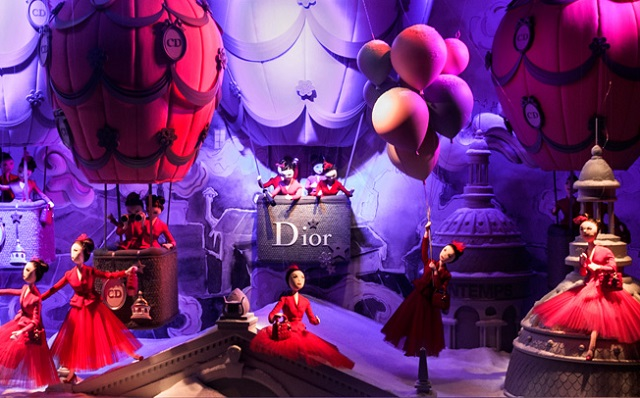 """Every year the window displays in Paris's major department stores are transformed for the Christmas season. The following windows feature amongst the most popular."" Christmas in Paris: best window displays Christmas in Paris: best window displays Christmas Window Display Dior Printemps Haussmann Paris"