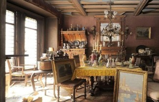 EVERY ANTIQUES HUNTER DREAM: A PARIS APARTMENT UNTOUCHED FOR 70 YEARS EVERY ANTIQUES HUNTER DREAM: A PARIS APARTMENT UNTOUCHED FOR 70 YEARS Historical appartement 324x208