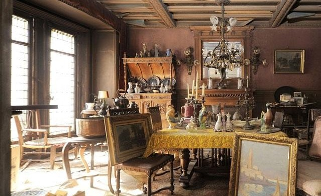 EVERY ANTIQUES HUNTER DREAM: A PARIS APARTMENT UNTOUCHED FOR 70 YEARS EVERY ANTIQUES HUNTER DREAM: A PARIS APARTMENT UNTOUCHED FOR 70 YEARS EVERY ANTIQUES HUNTER DREAM: A PARIS APARTMENT UNTOUCHED FOR 70 YEARS Historical appartement 639x390