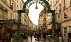 rue montorgueil paris Paris City Guide: walking through the greatest Parisian streets Paris City Guide: walking through the greatest Parisian streets rue montorgueil paris 238x143