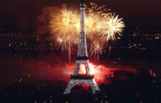 Celebrating New Year's Eve in Paris Celebrating New Year's Eve in Paris Celebrating New Years Eve in Paris 2 324x208