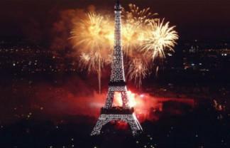 Celebrating New Year's Eve in Paris Celebrating New Year's Eve in Paris Celebrating New Years Eve in Paris 2 324x208