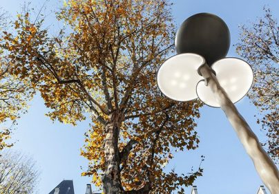 design icon Design Icon: Mathieu Lehanneur's Street Lights in Paris Design Icon Mathieu Lehanneurs Street Lights in Paris 1 404x282