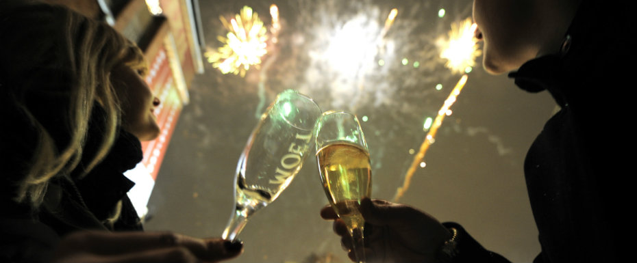 NEW YEAR'S EVE IN PARIS