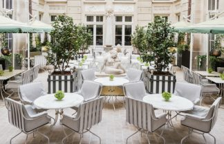 where to stay in paris Where to Stay in Paris: The Newly Renovated Hôtel de Crillon 06 look inside newly renovated hotel de crillon 324x208