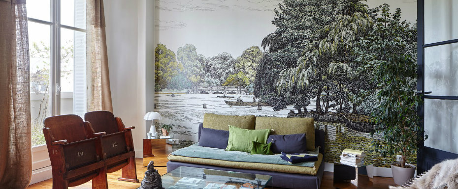 You Gotta See The Wall Mural in This Paris Apartment paris apartment You Gotta See The Wall Mural in This Paris Apartment You Gotta See The Wall Mural in This Paris Apartment 1