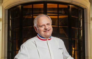 Michelin restaurants in paris A Tribute to Joël Robuchon: The Chef's Michelin Restaurants in Paris featured 4 324x208