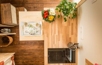 Meet The Exquisite And Tiny Home, Stéphanie