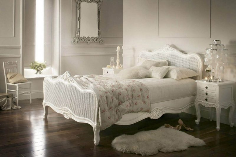 5 Luxurious Ideas To Achieve a French Styled-Home [object object] 5 Luxurious Ideas To Achieve a French Styled Home 33 vintage bedroom decor ideas homebnc e1556007836910