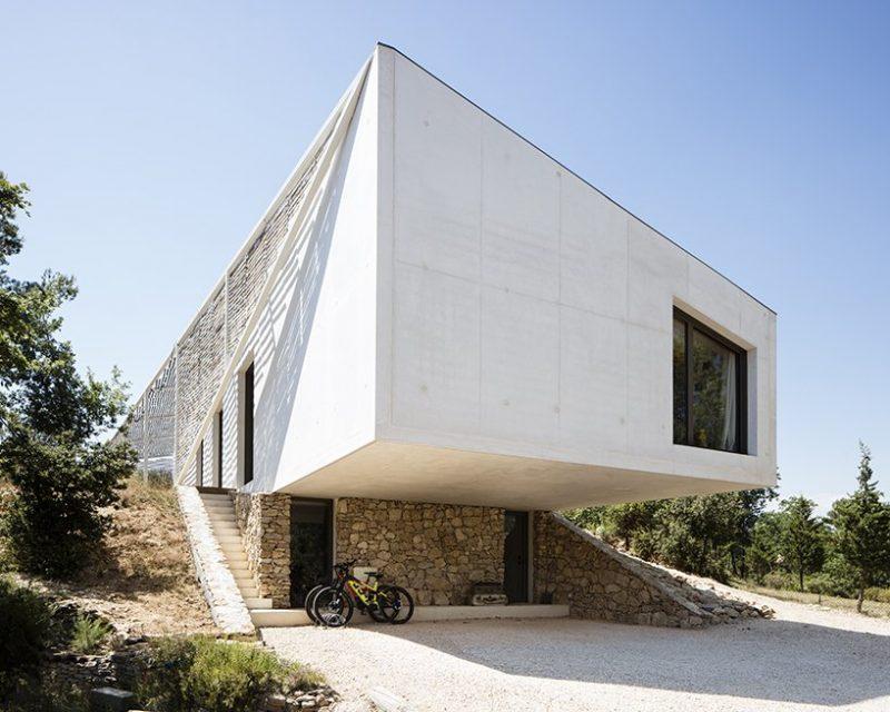 pan architecture Pan Architecture Designs A Geometric Residence In Provence Pan Architecture Designs A Geometric Residence In Florence 2 e1573723573977