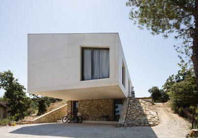 pan architecture Pan Architecture Designs A Geometric Residence In Provence Pan Architecture Designs A Geometric Residence In Florence 404x282
