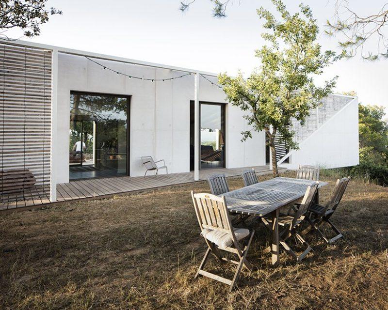 pan architecture Pan Architecture Designs A Geometric Residence In Provence Pan Architecture Designs A Geometric Residence In Florence 5 e1573723450507