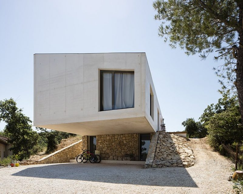 pan architecture Pan Architecture Designs A Geometric Residence In Provence Pan Architecture Designs A Geometric Residence In Florence e1573723489697