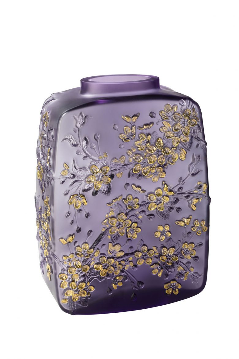 lalique Admire The Brand New Collections Of Lalique! 10708100 BD Fleurs de Cerisier vase purple LALIQUE SA scaled