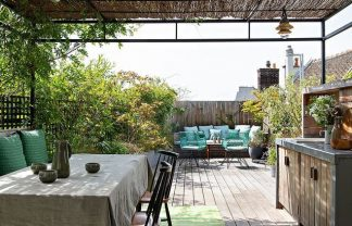 garden home Fall In Love With This Garden Home In Montmartre Fall In Love With This Garden Home In Montmartre 4 324x208
