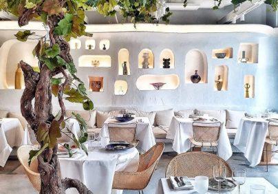 jacquemus Jacquemus & Caviar Kaspia Opened A Mediterranean Restaurant In Paris Jacquemus Caviar Kaspia Opened A Mediterranean Restaurant In Paris3 404x282
