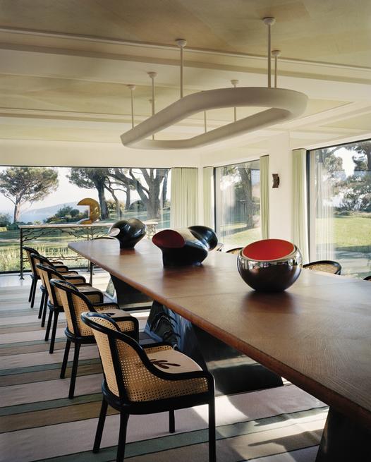 tino zervudachi Tino Zervudachi Designed A Stunning Saint-Tropez Villa! Tino Zervudachi Designed A Stunning Saint Tropez Villa2