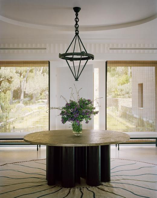 tino zervudachi Tino Zervudachi Designed A Stunning Saint-Tropez Villa! Tino Zervudachi Designed A Stunning Saint Tropez Villa4