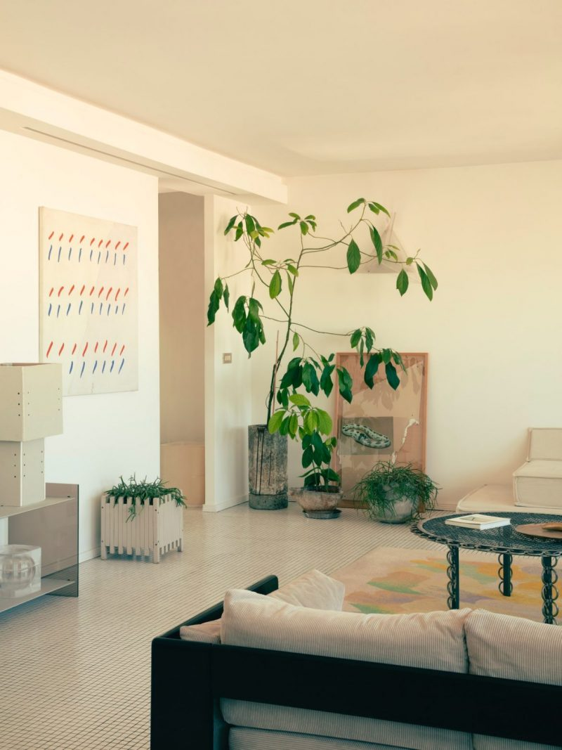 retro Retro Is On With This '70s-Inspired Home In France! Retro Is On With This 70s Inspired Home In France4 e1602865345123