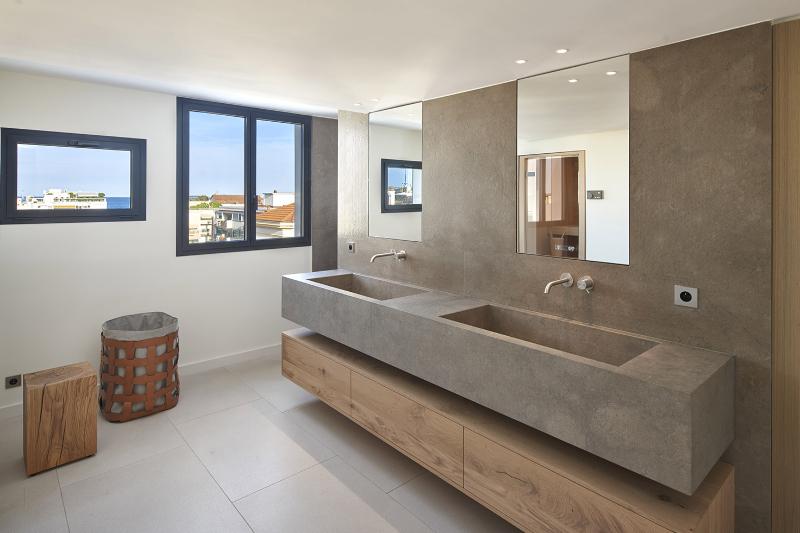 extraordinary master bathroom projects Extraordinary Master Bathroom Projects by SAS COLLECTION PRIVEE Penthouse Croisette