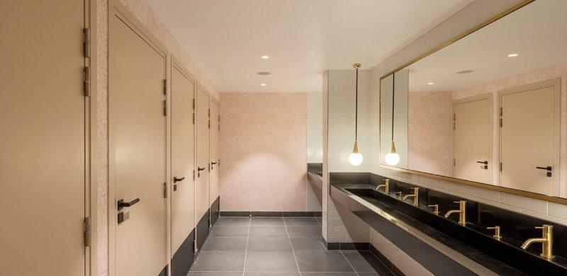 Axel Schoenert Architects: Versatile Master Bathrooms Projects